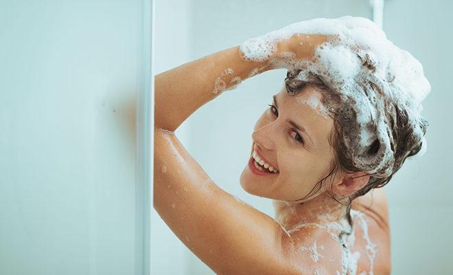 Cele mai bune șampoane anti-mătreață