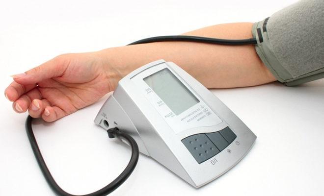 Cele mai bune monitoare automate ale tensiunii arteriale